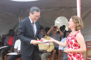 Nicola and ambassador-key ceremony