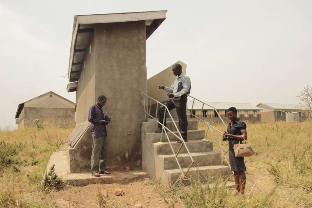 Vincent sharing some tips for maintaining drainable latrines